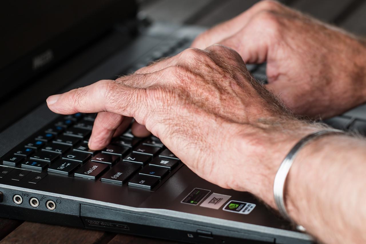 Avoiding Online Scams That Target Senior Citizens | Top Of The List